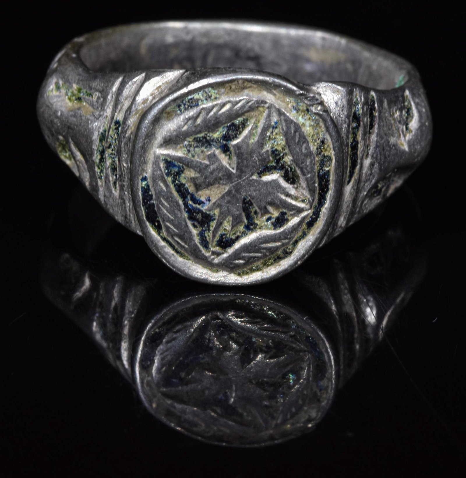 MEDIEVAL SILVER RING WITH STAR OF BETHLEHEM