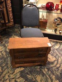 Antique Oak Miniature Chest of Drawers Salesman Sample - 7