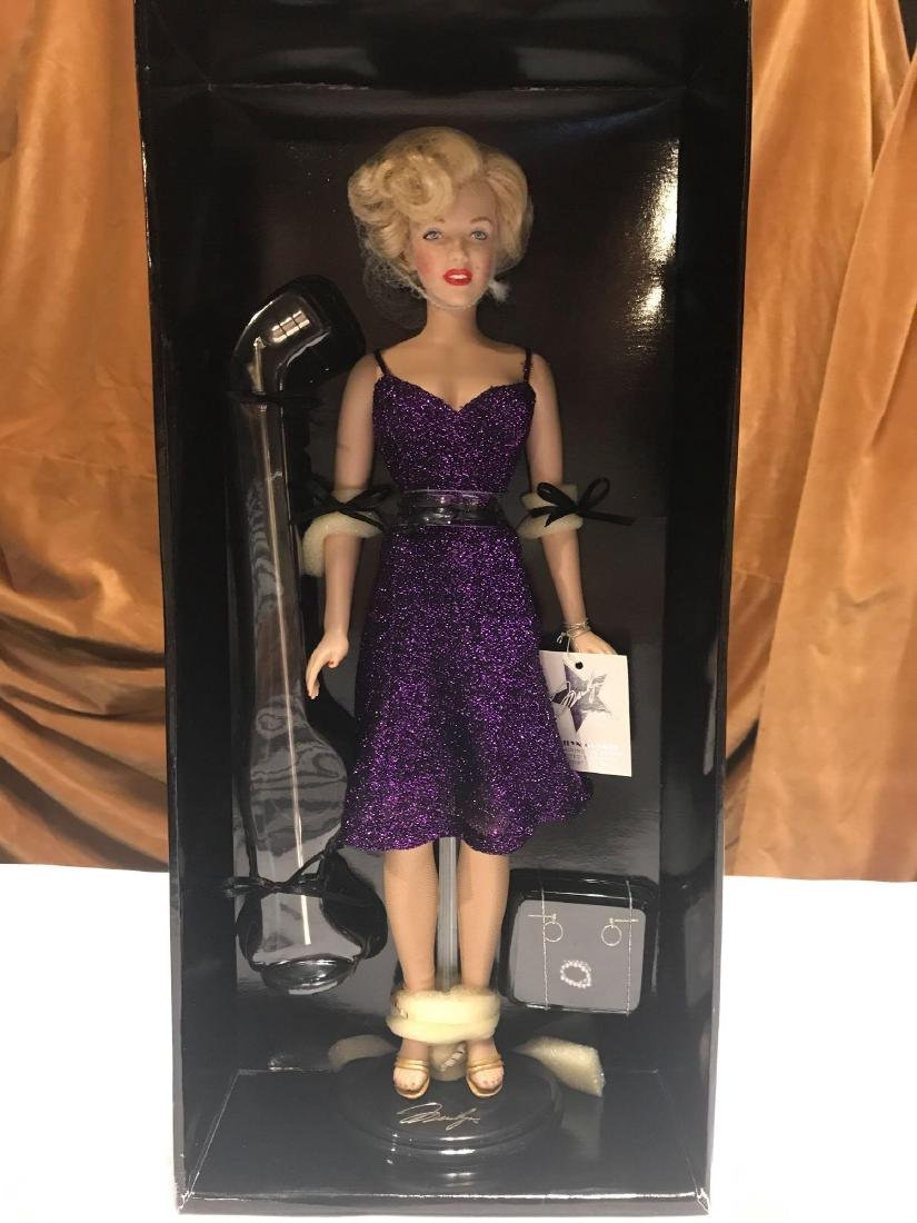 "FRANKLIN MINT MARILYN 16 "" VINYL DOLL - 2"