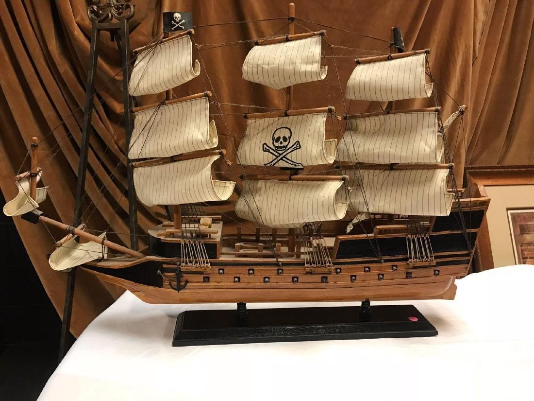 Lot 2 Model Ships One PASSAT - 2