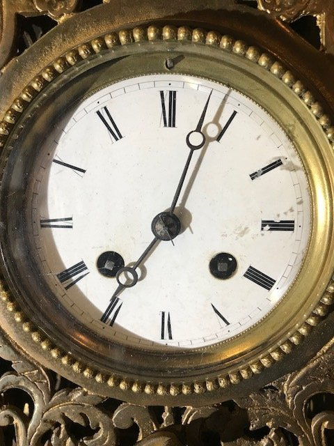Antique French Louis XVI-Style Brass Mantle Clock - 5
