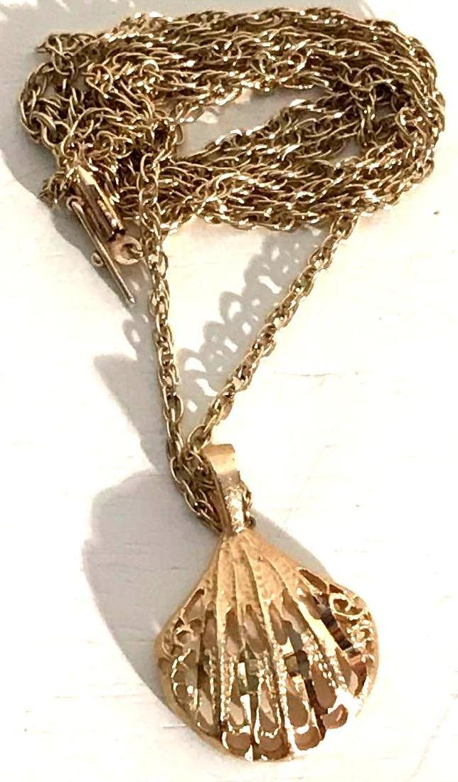 14k Gold Estate Jewelry Necklace and Shell Pendant - 2