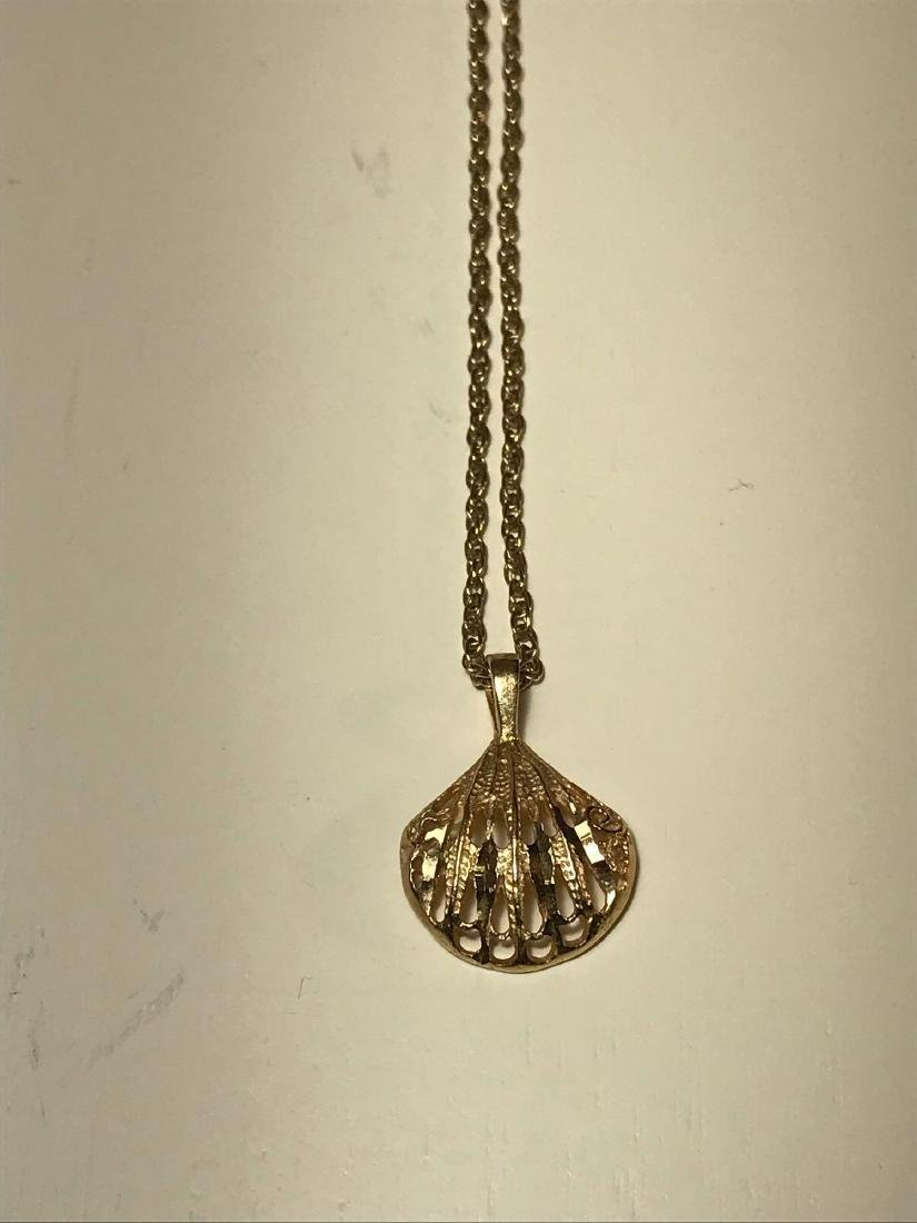 14k Gold Estate Jewelry Necklace and Shell Pendant - 8