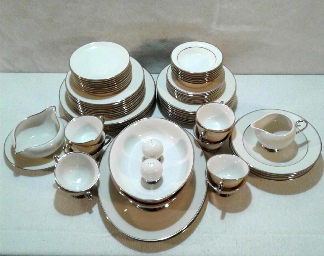 Flintridge China Set (67)