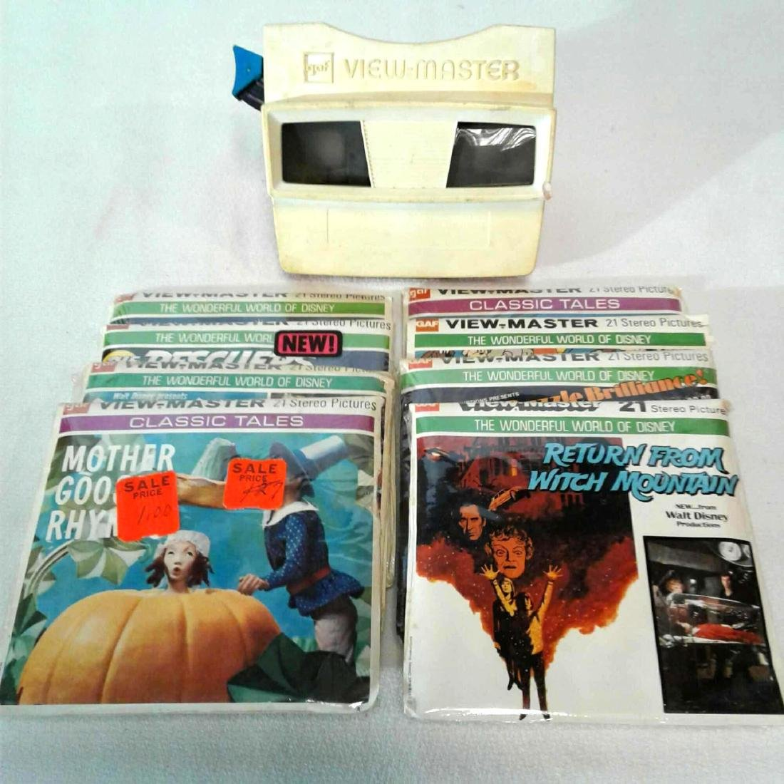 View Master Viewer w/ 8 Packages of Assorted Reels (#2)