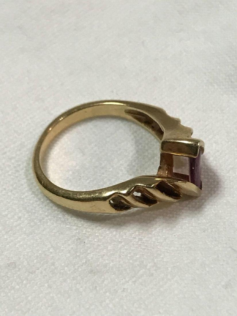 Vintage 14K Gold and Amethyst Ring - 2