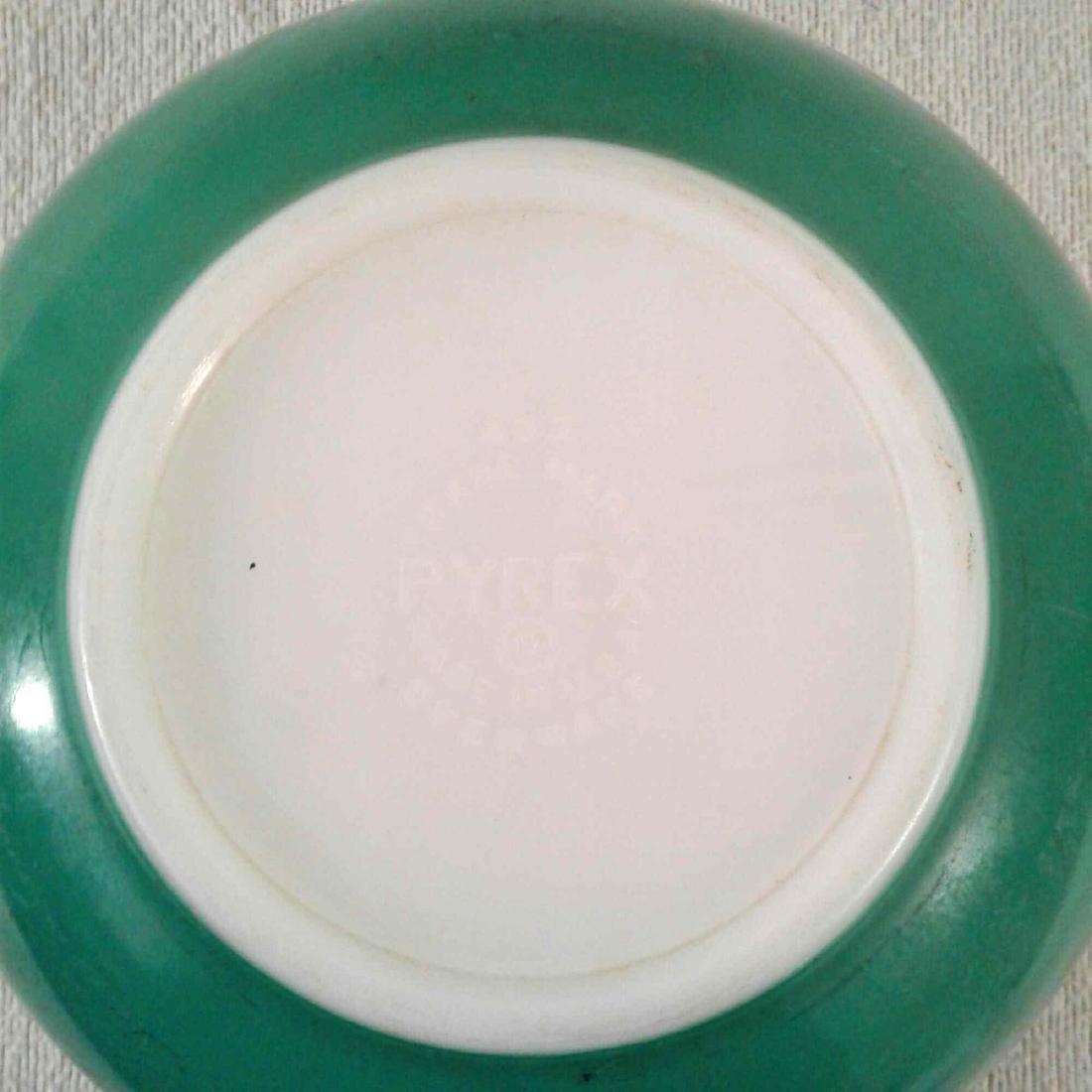 Vintage Green PYREX 403 Mixing Bowl - 5