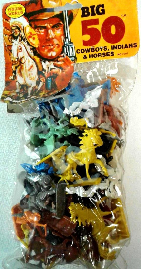 Vintage Figure World Big 50 Cowboys Indians Horses Toy
