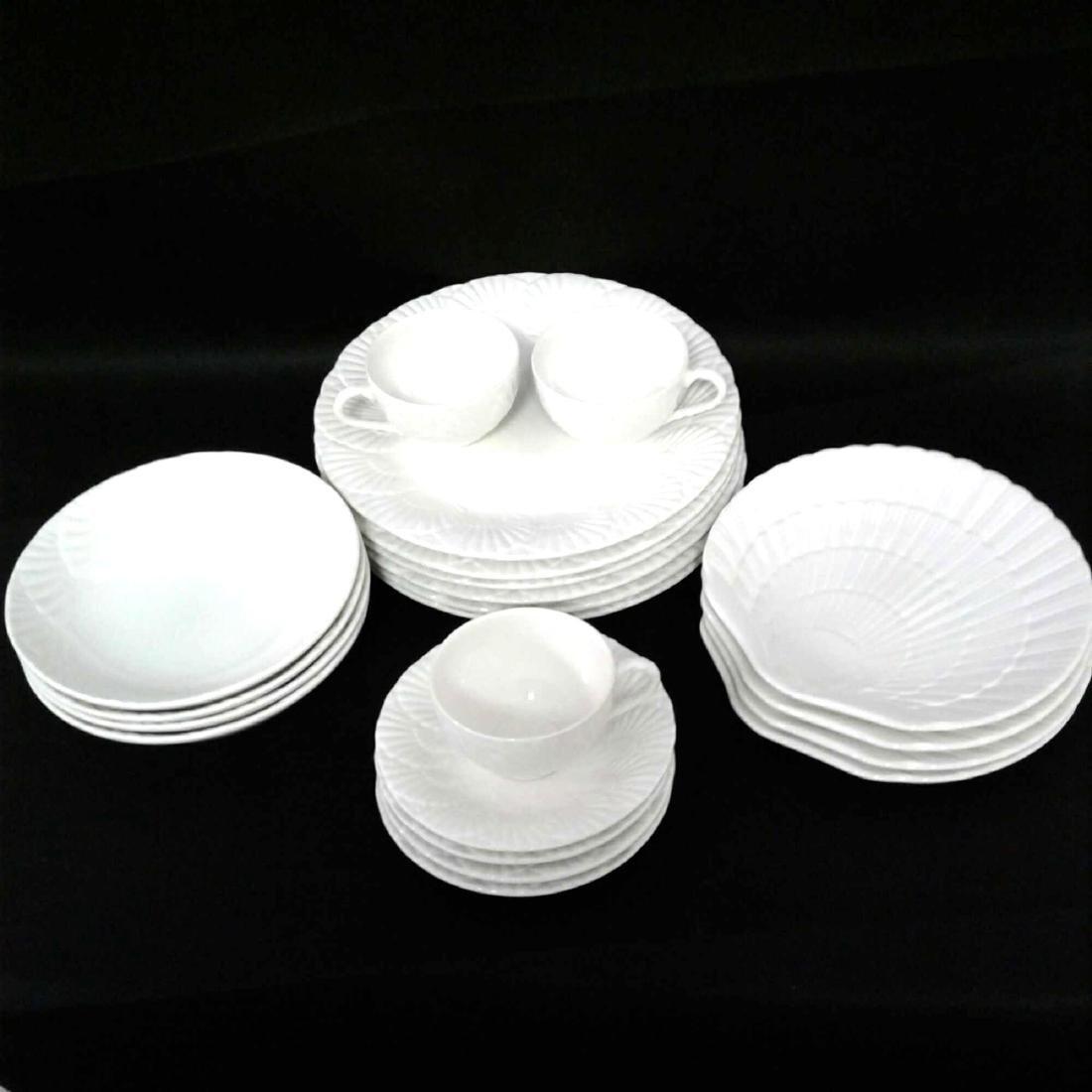 Mikasa Malaysia, Ocean Jewel White, Shell China Set, 21