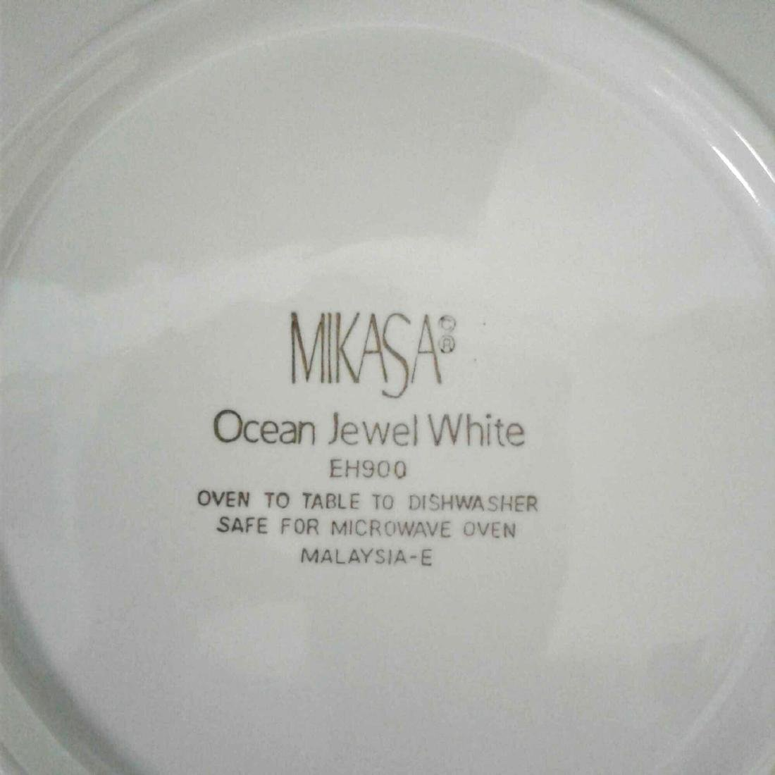 Mikasa Malaysia, Ocean Jewel White, Shell China Set, 21 - 9
