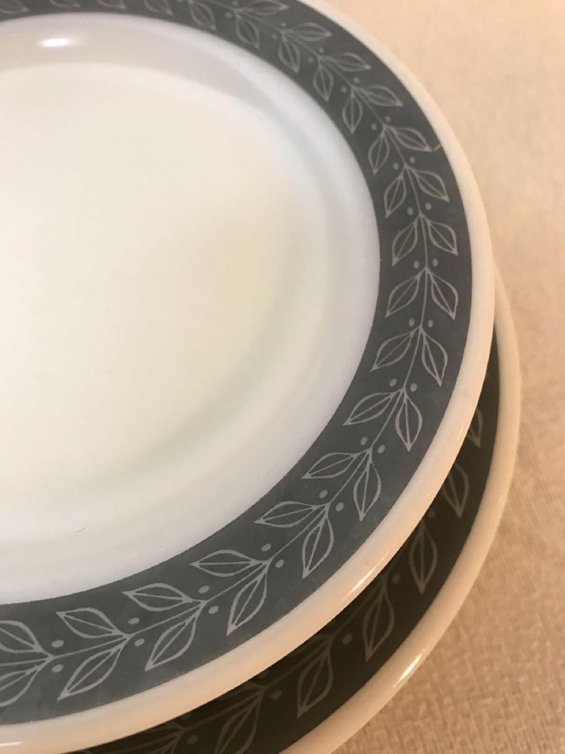 12 Pyrex Double Tough Plates Grecian Pattern - 3