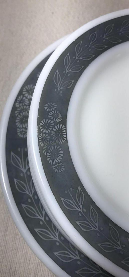 12 Pyrex Double Tough Plates Grecian Pattern - 5