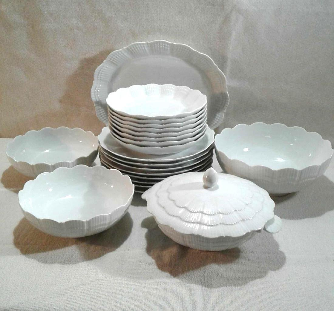 Corail White Giraud Limoges China, 21 Pieces