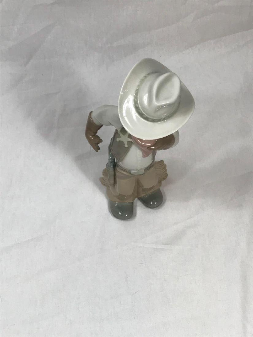 Lladro Cowboy Sheriff - 10