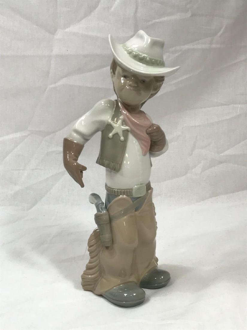 Lladro Cowboy Sheriff - 3