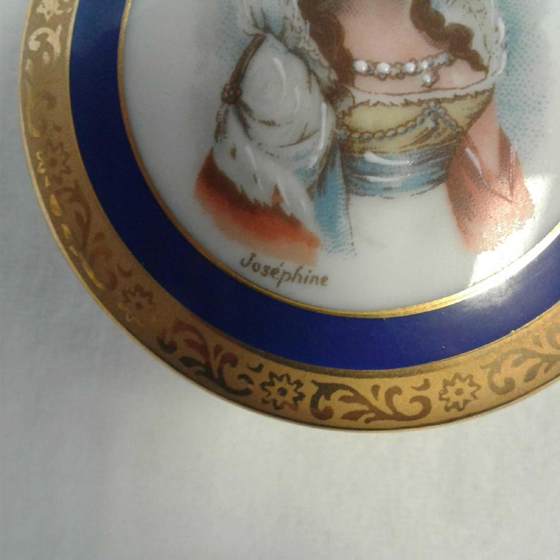Small Limoges Trinket with Lid - 4