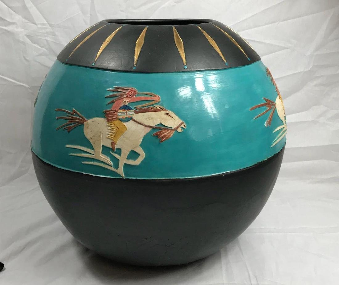 Buffalo Hunt Vase by Randal Blaze - 2