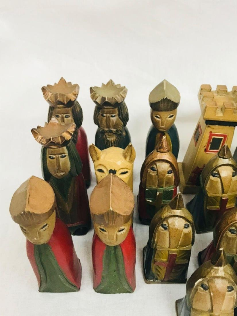 Vintage Hand Carved Knights Templar Chess Set - 9
