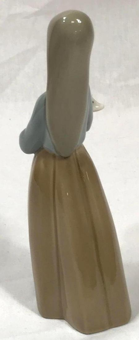 LLadro Girl With Baby Pig - 5