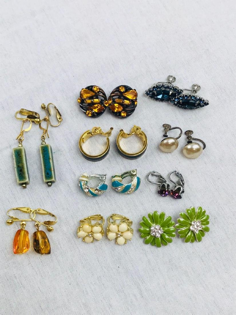 Vintage Assortment Of Earrings - 4