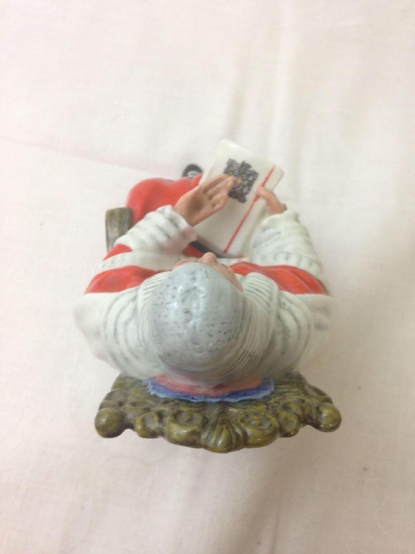 vintage Royal Doulton Figurine THE JUDGE HN2443 - 5