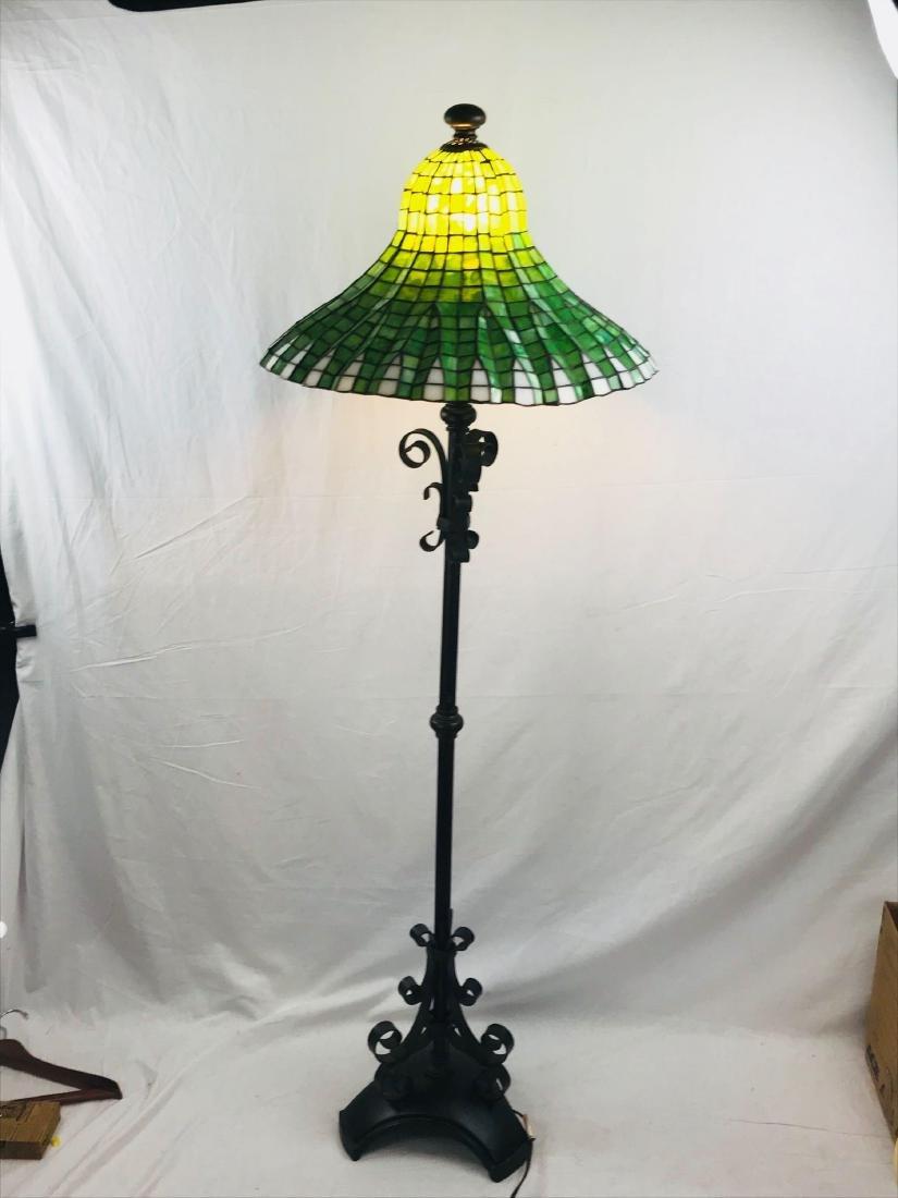 Green and White Tiffany Style Lotus Pagoda Floor Lamp - 10