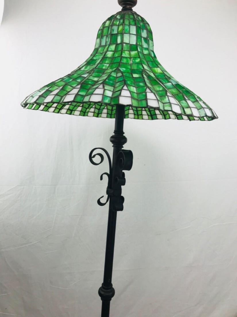 Green and White Tiffany Style Lotus Pagoda Floor Lamp - 3