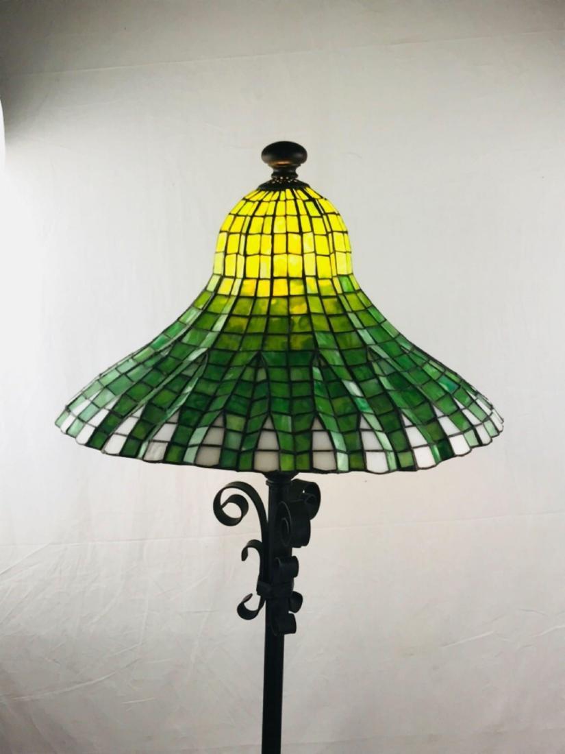 Green and White Tiffany Style Lotus Pagoda Floor Lamp - 7