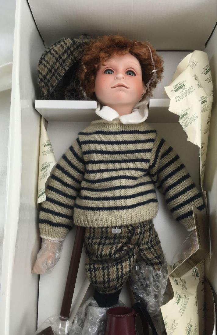 Spanky The Newsboy Seymour Mann Porcelain Doll - 2