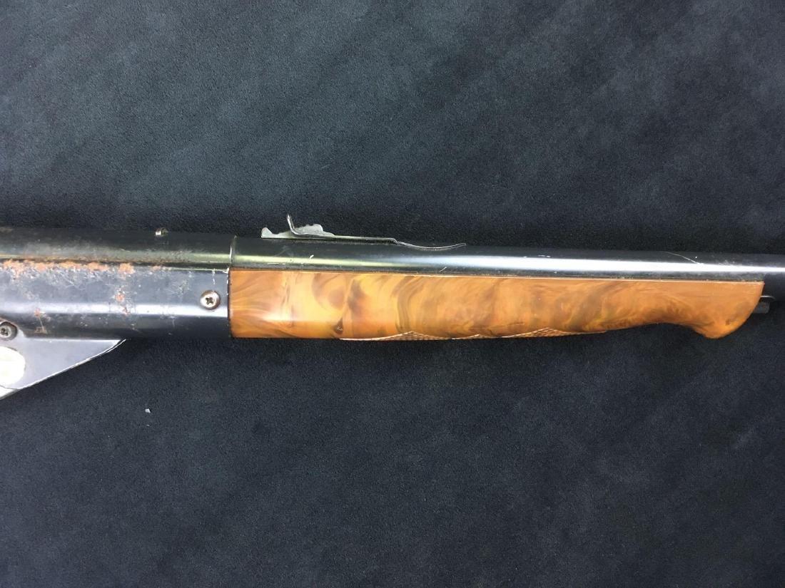Vintage Daisy Model 1000 BB Gun - 4