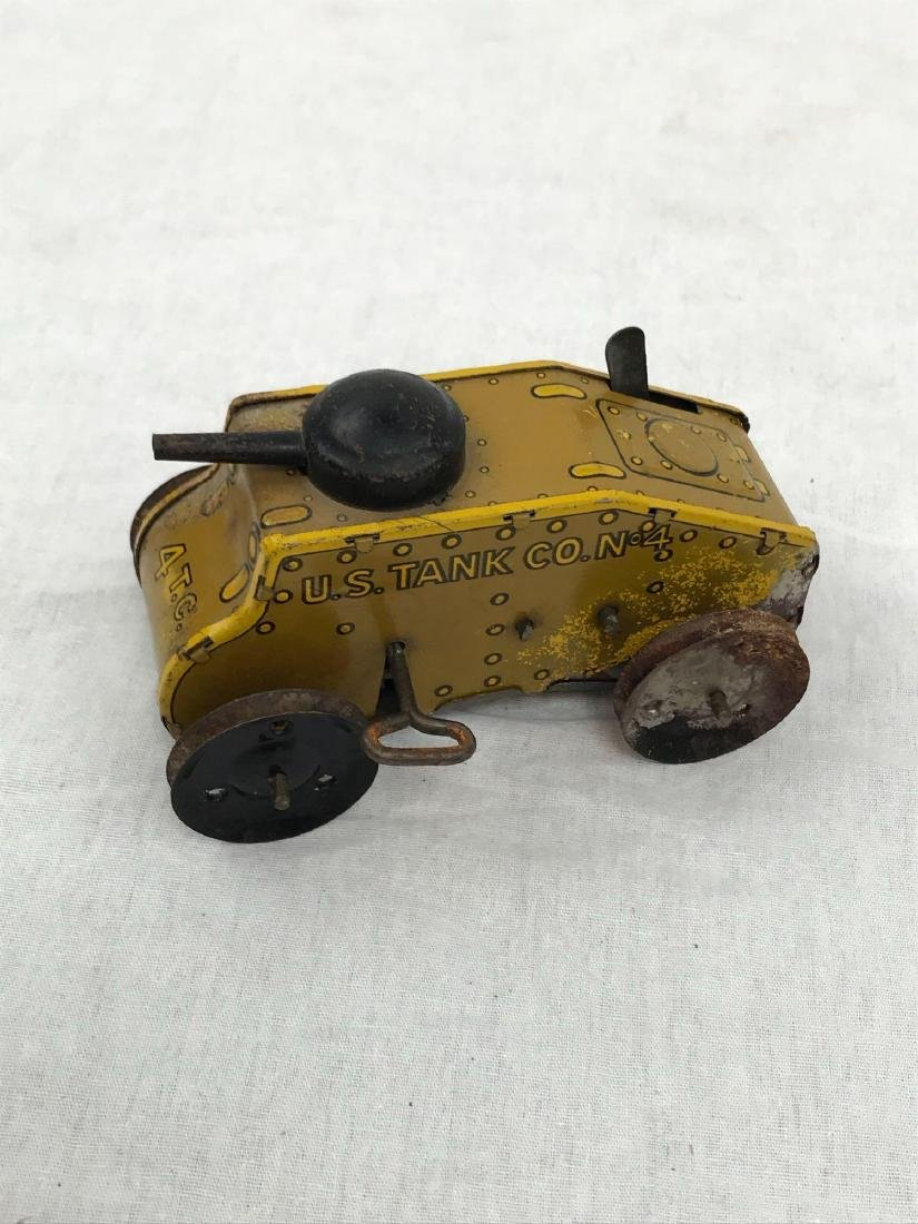Vintage Wind Up Tin Toy Tank by Marx, circa 1930's - 3