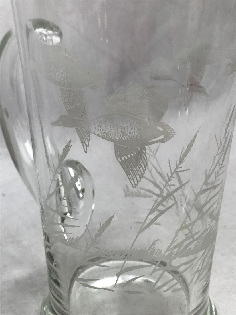 Mid-Century Modern Etched Flying Ducks Cocktail - 3