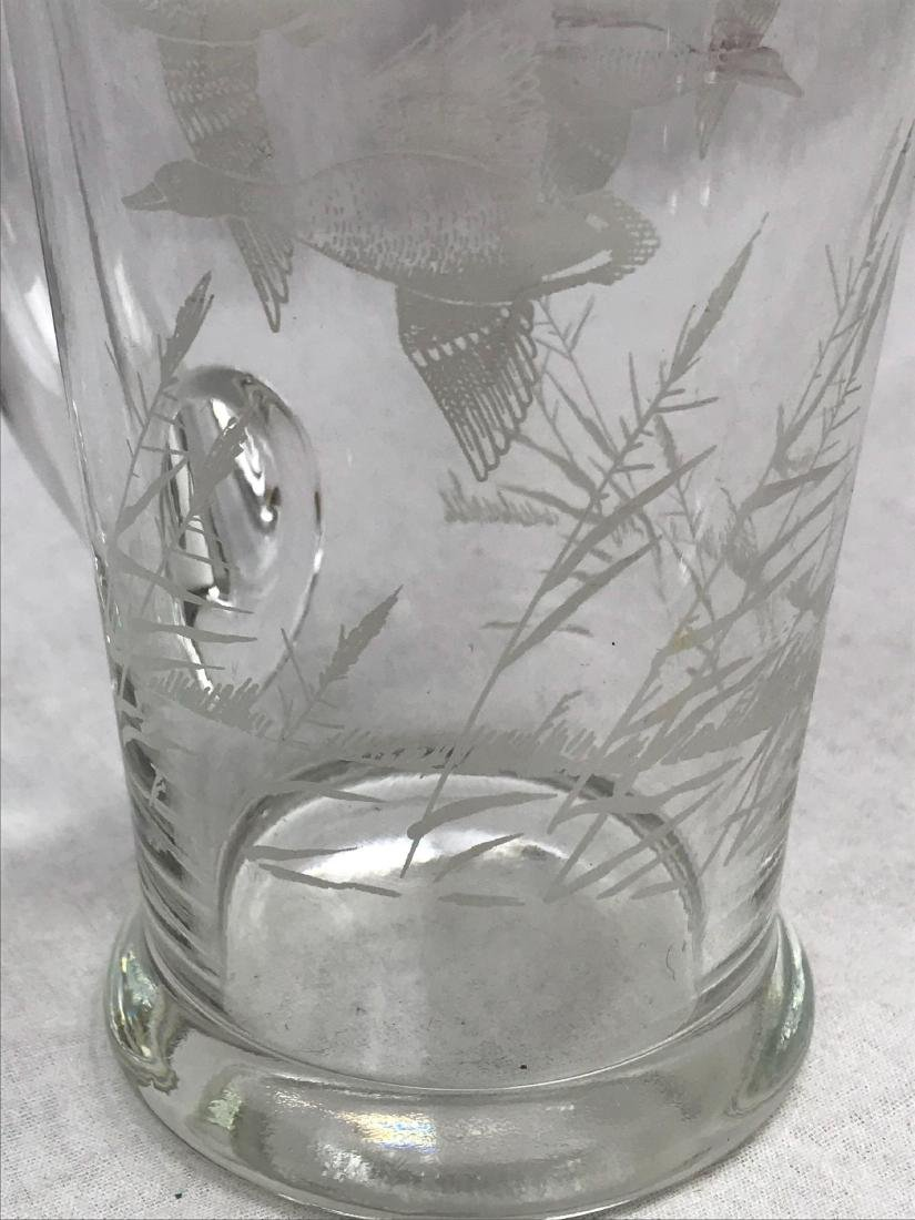 Mid-Century Modern Etched Flying Ducks Cocktail - 4