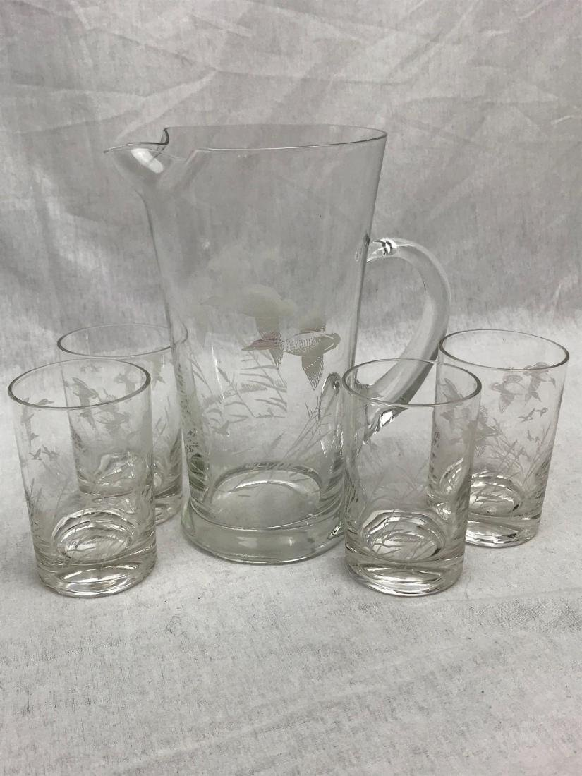 Mid-Century Modern Etched Flying Ducks Cocktail - 7