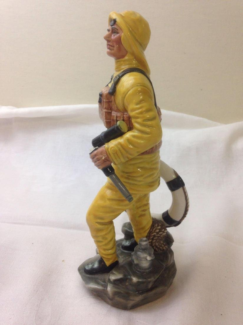 vintage ROYAL DOULTON Lifeboat Man porcelain finguine - 2