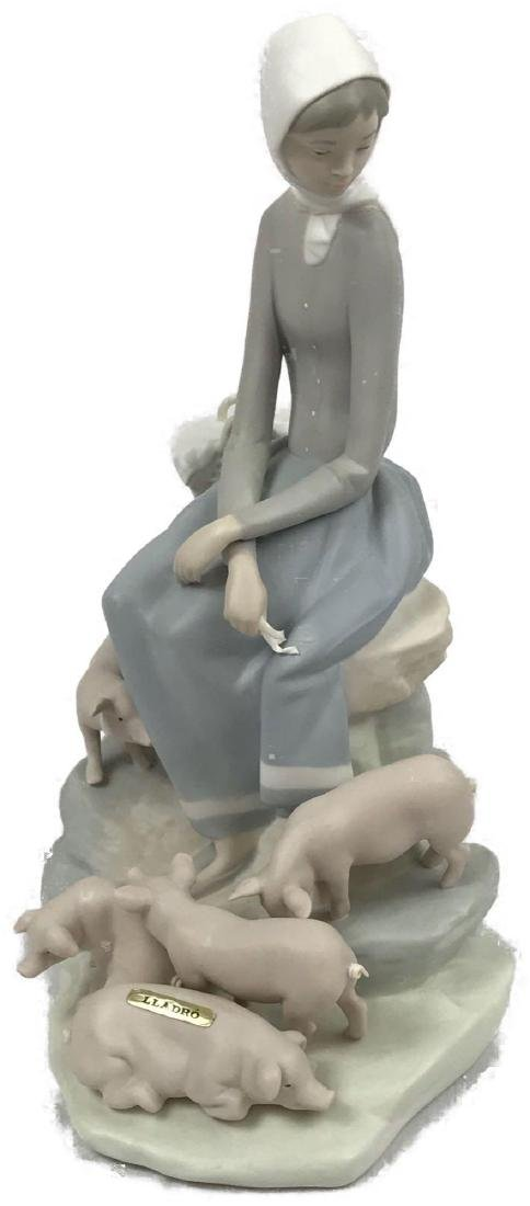 """Lladro Spain """"Girl With Piglets"""" Figurine"""