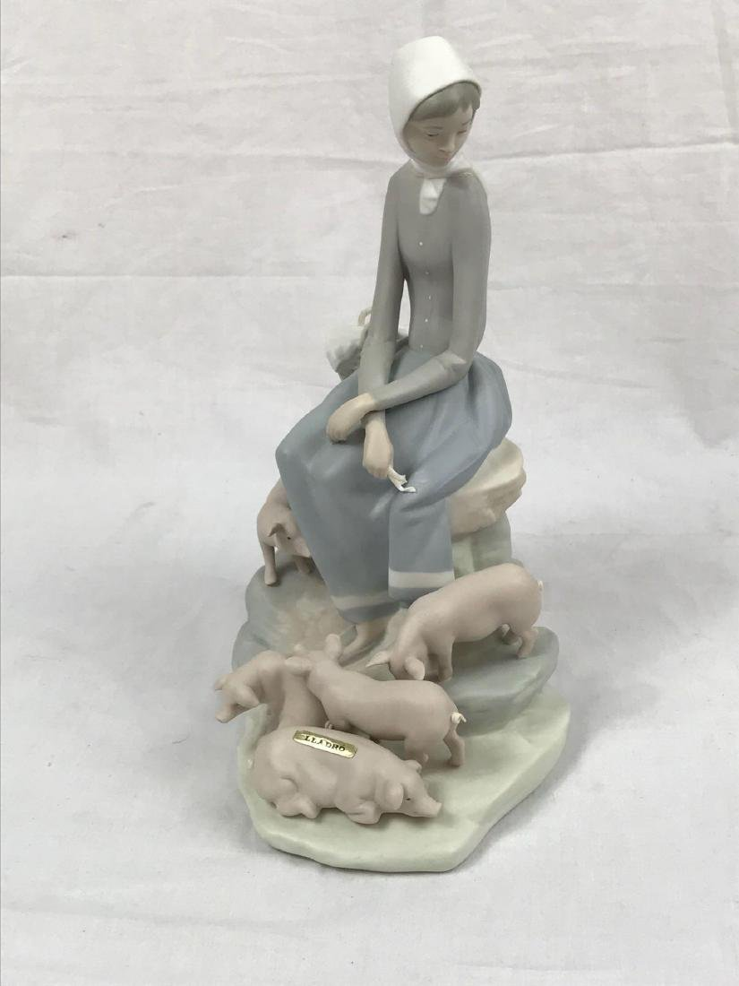 """Lladro Spain """"Girl With Piglets"""" Figurine - 2"""