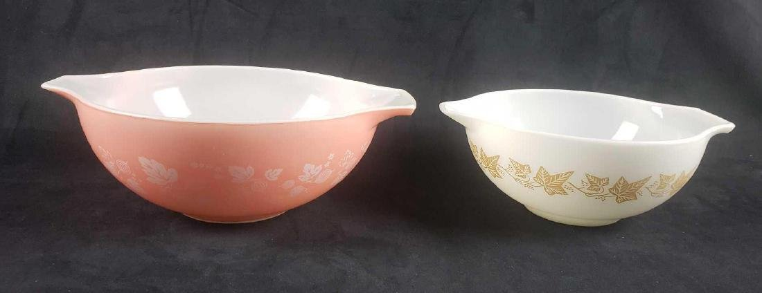 Mid Century Modern Pyrex Glass Baking Dishes