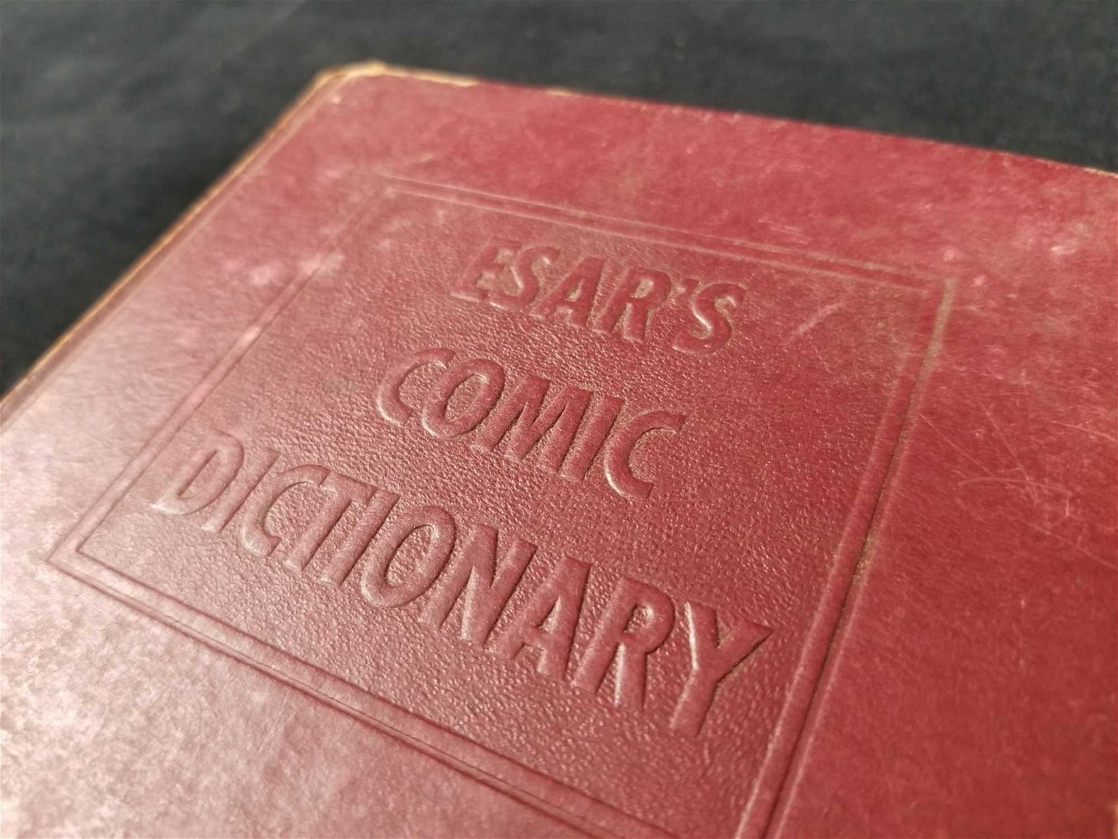 ESARS Comic Dictionary 1943 First Edition Hardcover