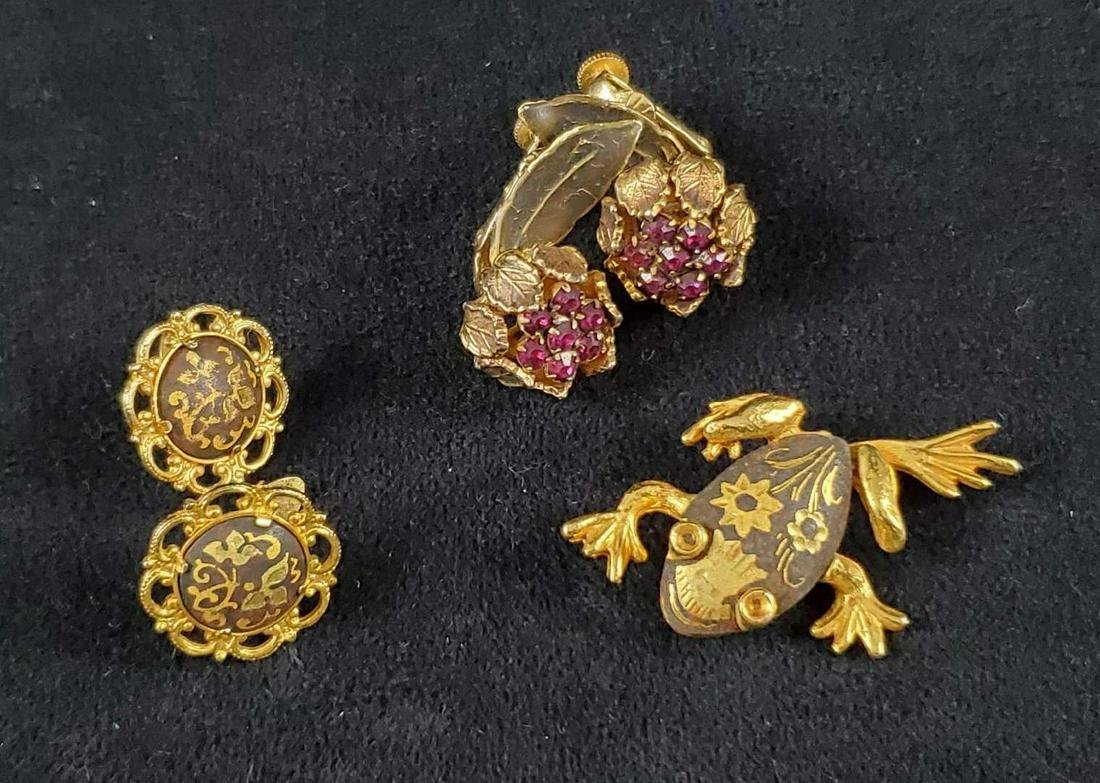 Gold Tone Art Deco Floral Earrings and Frog Pin