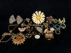 Vintage - Antique lot of Costume Jewelry Pins &