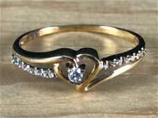 Vintage 10K Yellow Gold Natural Sparkling Diamond Heart