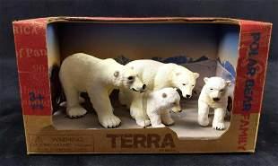 Terra by Battat Polar Bear Family