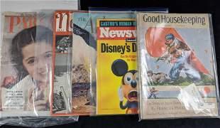 Vintage Disney Magazines Lot Of Five D