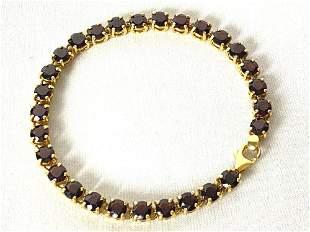 Fine Vintage Custom Made 18K Gold 14 ct Natural Garnet