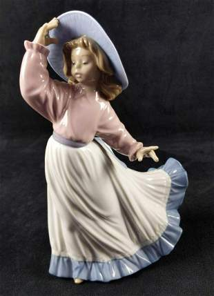 Nao Lladro Porcelain Caught In The Breeze Spain