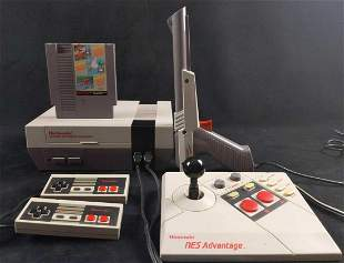 Classic Nintendo NES System W Zapper Advantage