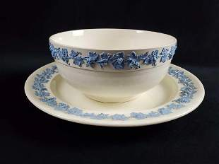 Wedgwood QueensWare Blue On Cream Bowl And Platter