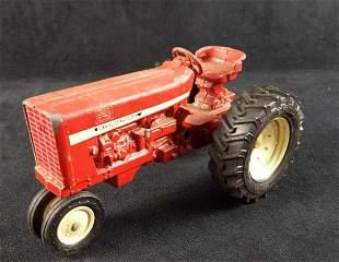 ERTL 70s Vintage International Metal Toy Tractor
