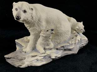 Vintage 1989 England Signed BOEHM Polar Bear With Cubs